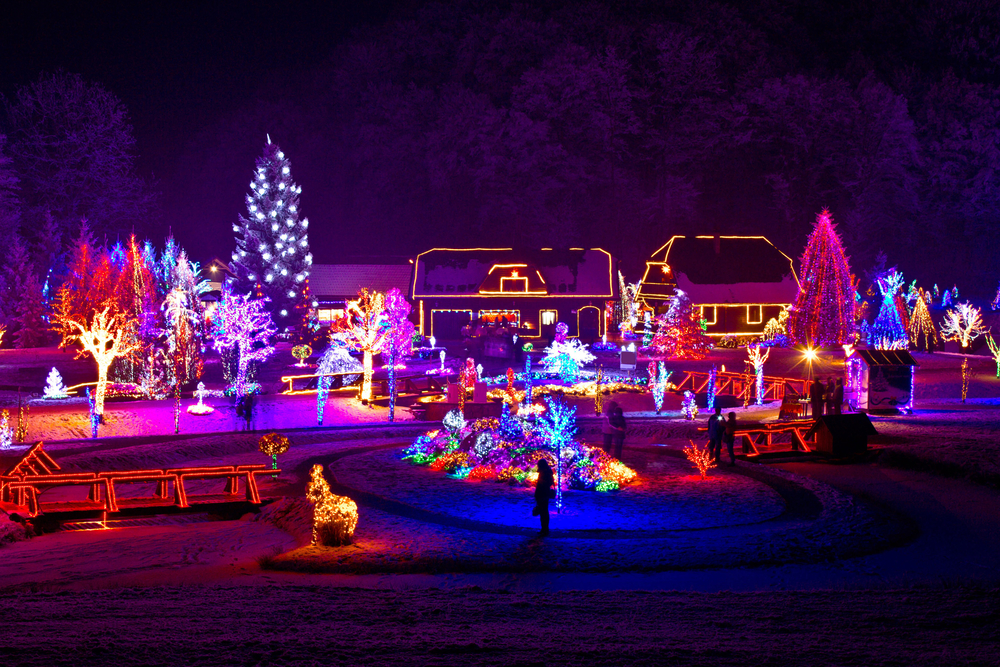 Top 10 Outdoor Christmas Decorations